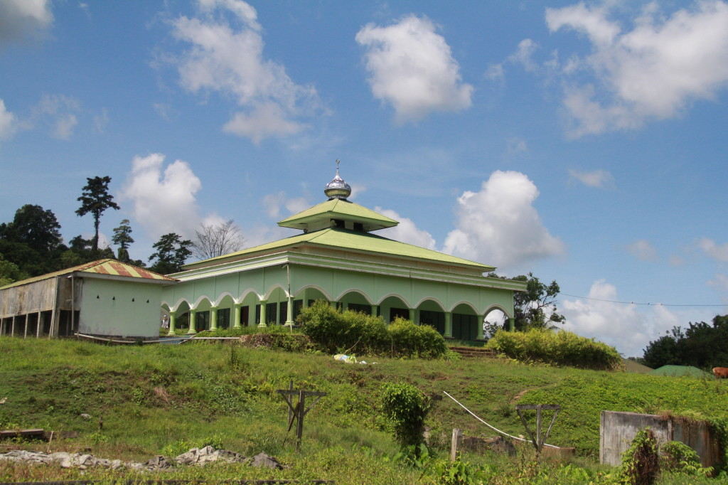 Mosque on Makbon Road