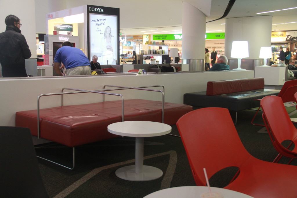 Auckland Airport Overnighter On The Cheap Miles To The